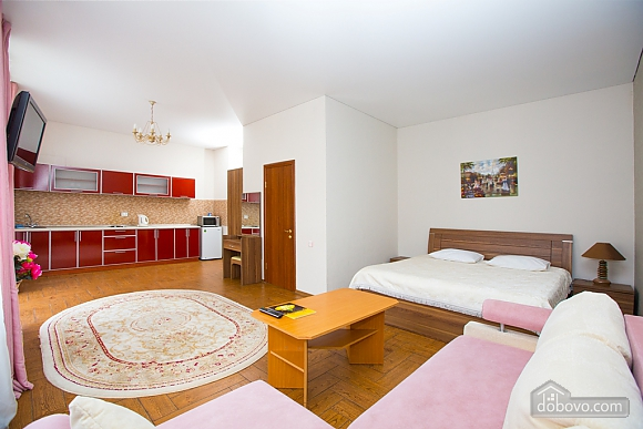Apartment in the city center, Studio (56685), 002