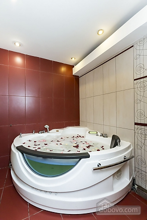 Квартира с сауной, 2х-комнатная (24490), 014