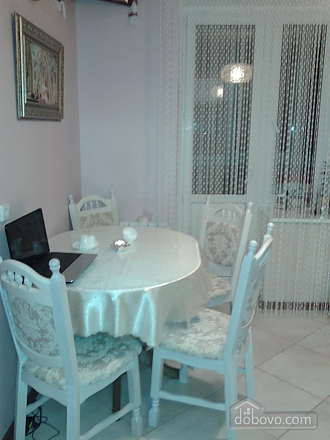 Beautiful apartment in 15 minutes from KyivExpoPlaza, One Bedroom (79925), 004