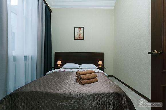 Квартира на Майдані Незалежності, 3-кімнатна (38378), 005