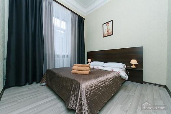 Квартира на Майдані Незалежності, 3-кімнатна (38378), 006