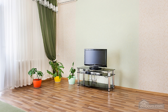Clean apartment near the Arena City, One Bedroom (52044), 002