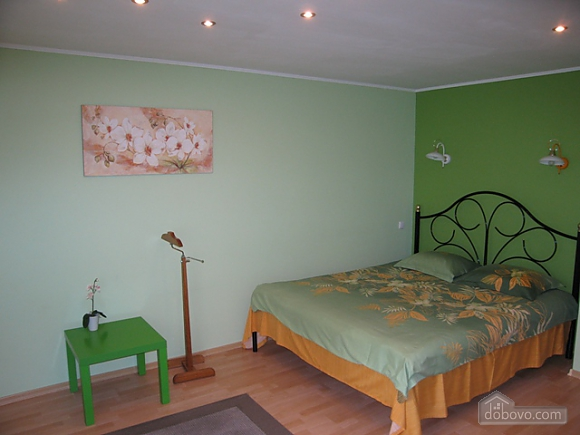 Apartment in light green tones, Studio (98341), 001