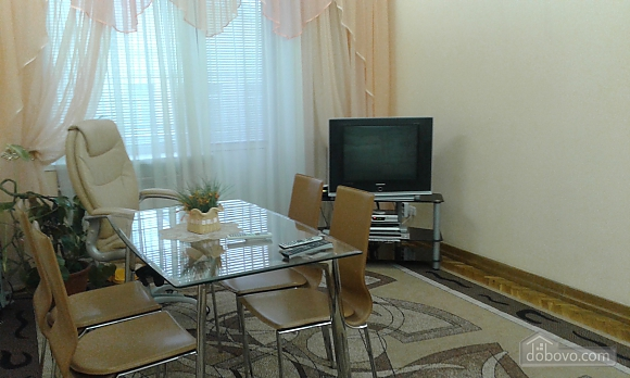 Исторический центр Киева, 2х-комнатная (93347), 001