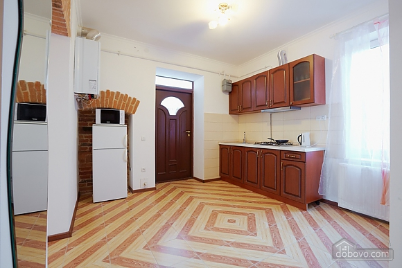 Comfortable apartment near Rynok square, Studio (56392), 005