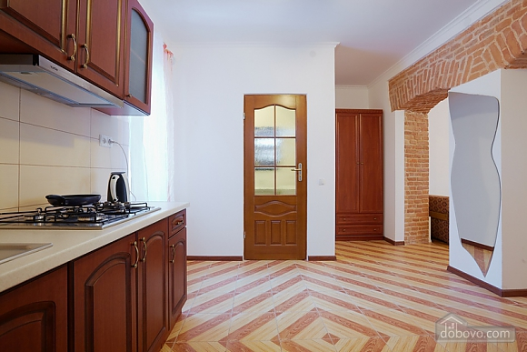 Comfortable apartment near Rynok square, Studio (56392), 006