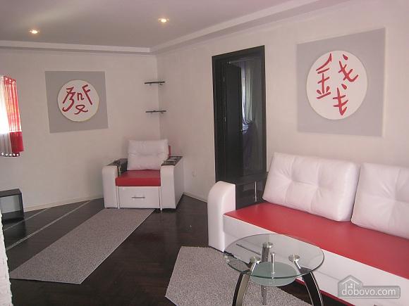 Люкс з джакузі, 2-кімнатна (31006), 001