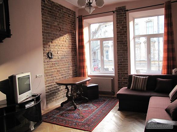 Квартира в центральній частині міста, 2-кімнатна (45871), 008