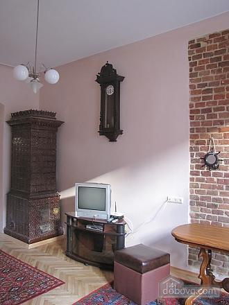Квартира в центральній частині міста, 2-кімнатна (45871), 002