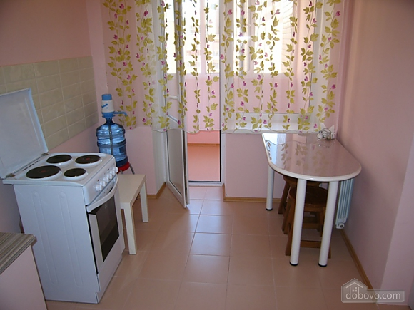 Apartment in soft pink tones, Studio (63998), 003