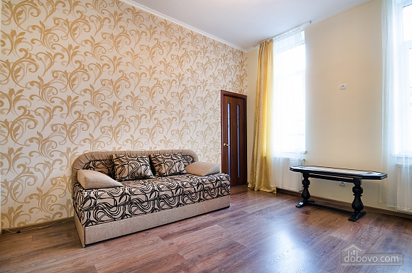 Historical center of the city, One Bedroom (73810), 001