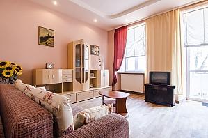 Apartment on Rynok square, Two Bedroom, 001