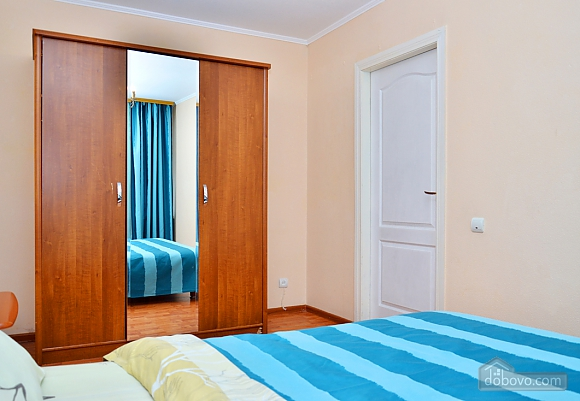 Стильная квартира возле метро Кловская, 2х-комнатная (78916), 003