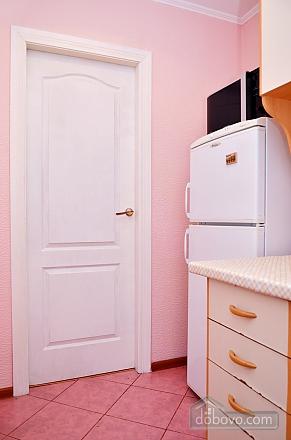 Стильная квартира возле метро Кловская, 2х-комнатная (78916), 009