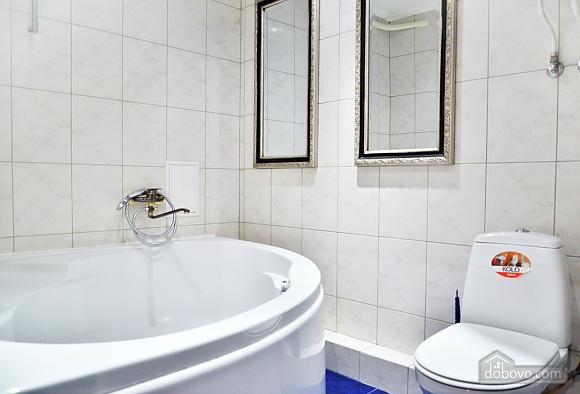 Стильная квартира возле метро Кловская, 2х-комнатная (78916), 010