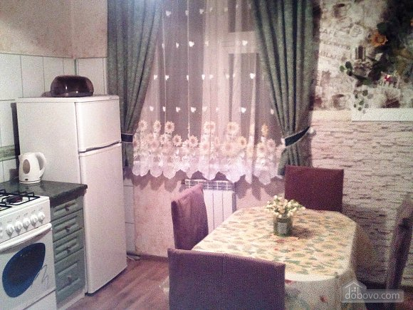 Apartment with private yard, One Bedroom (84507), 011