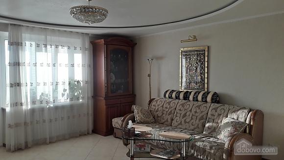 Квартира на гетьмана Петра Дорошенка, 2-кімнатна (69551), 001