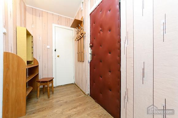 Доглянута чиста квартира біля метро, 1-кімнатна (36759), 008