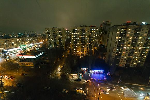 Доглянута чиста квартира біля метро, 1-кімнатна (36759), 010