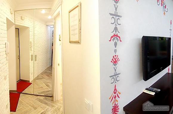Квартира на бульварі Лесі Українки, 2-кімнатна (64091), 002