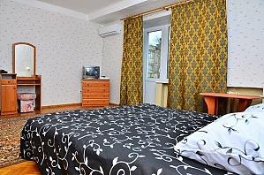 Excellent apartment near the metro Lukianivska, Studio, 002