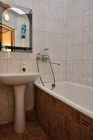Excellent apartment near the metro Lukianivska, Studio, 009