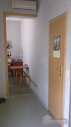 Apartment with private entrance and autonomous heating, Studio (48399), 009