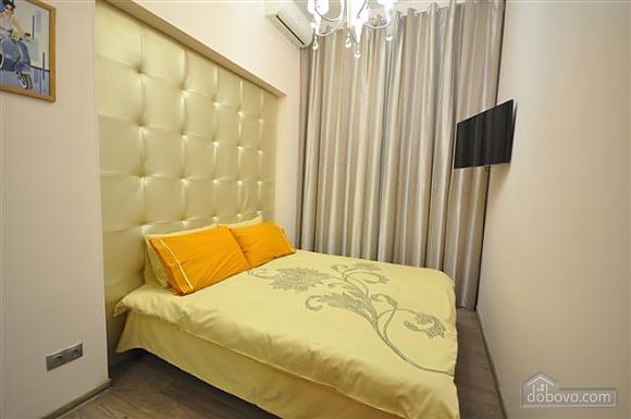 Apartment near Opera, Two Bedroom (68298), 013