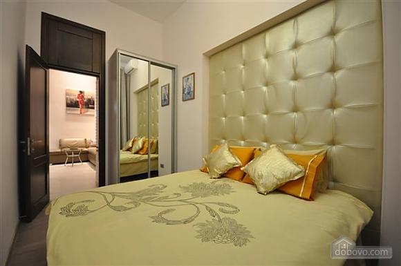 Apartment near Opera, Two Bedroom (68298), 017