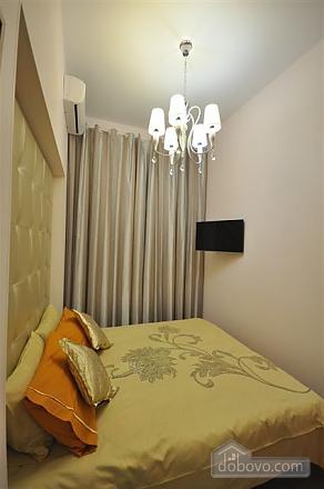 Apartment near Opera, Two Bedroom (68298), 018