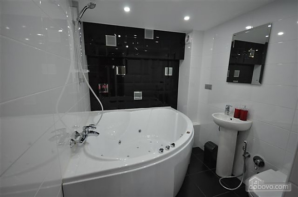 Apartment near Opera, Two Bedroom (68298), 035