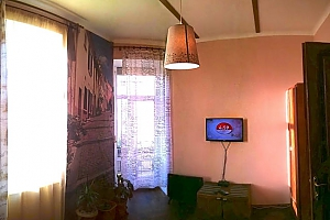The apartment is in the style of old Lviv, Un chambre, 011