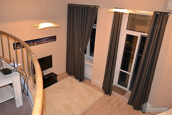 Двухуровневая квартира на Бесарабке, 3х-комнатная (23774), 003