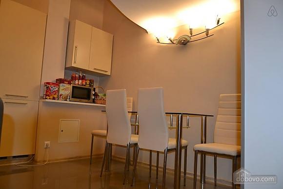 Двухуровневая квартира на Бесарабке, 3х-комнатная (23774), 006