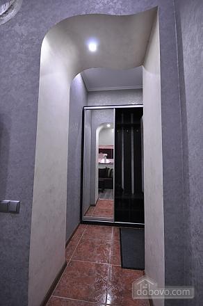 Original bright apartment near City Garden, Zweizimmerwohnung (18451), 009