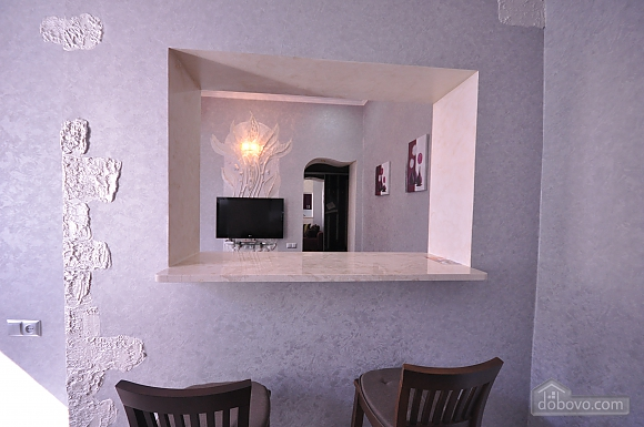 Original bright apartment near City Garden, One Bedroom (18451), 017