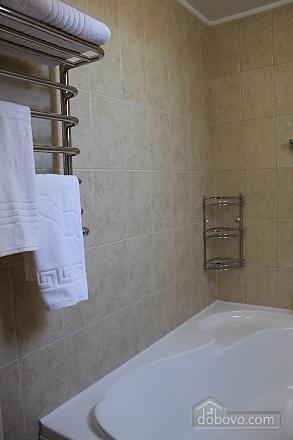 The hotel room, Studio (45896), 006
