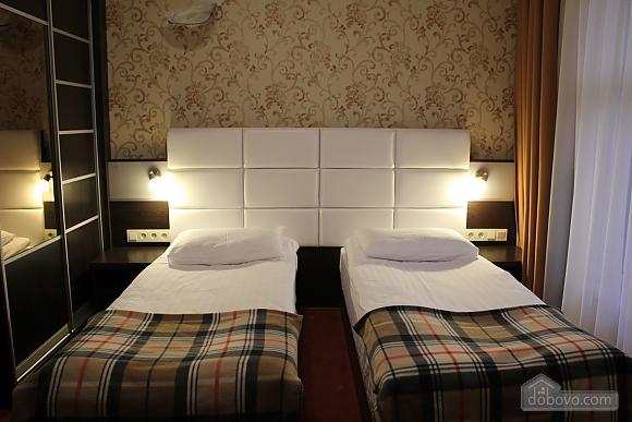 Комната в гостинице, 1-комнатная (72164), 001