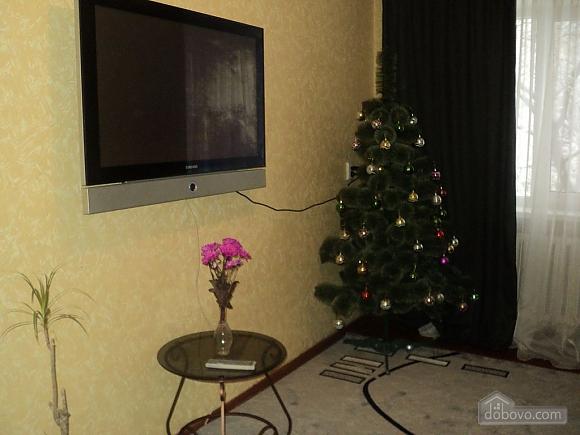 Квартира возле парка Александрия, 2х-комнатная (23407), 002