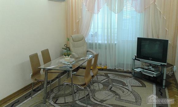 Квартира на Майдані Незалежності, 2-кімнатна (56002), 001