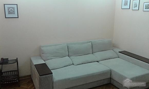 Квартира на Майдані Незалежності, 2-кімнатна (56002), 002