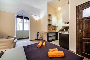 Apartment in the city center, Studio, 002