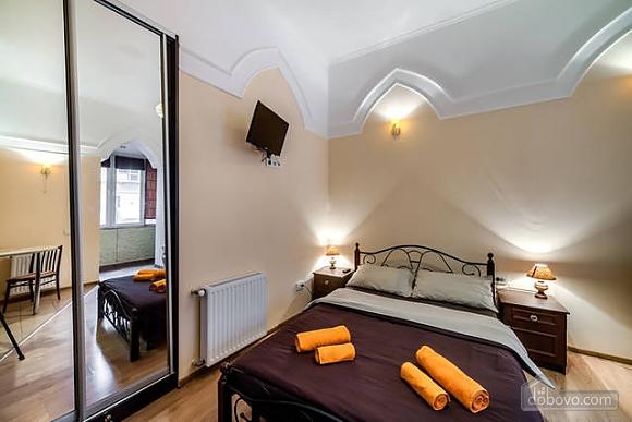 Apartment in the city center, Studio (29030), 004