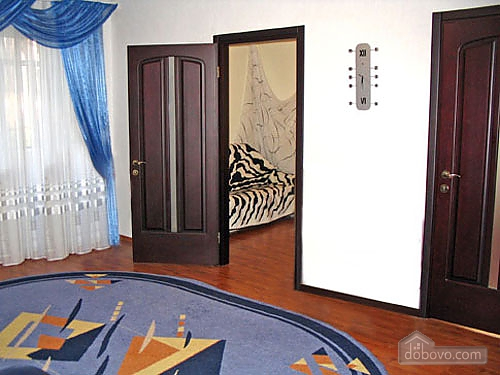 Elegant apartment in the city center, Tre Camere (75317), 003
