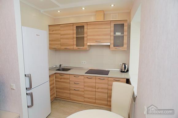 Квартира люкс класса недалеко от центра, 1-комнатная (65256), 008