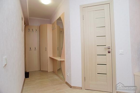 Квартира люкс класса недалеко от центра, 1-комнатная (65256), 009
