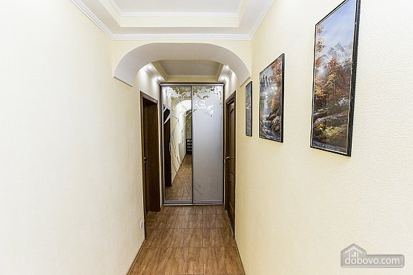 Apartment in 2 minutes from the metro, Due Camere (13350), 008