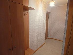 Apartment on Lukianivka, Studio, 004