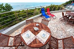 Villa by the sea, Six (+) chambres, 001