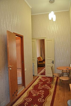 Apartment on Deribasovskaya Street, One Bedroom, 012